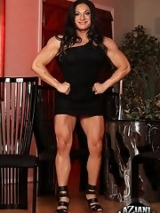 Welcome the strong and powerful Ripped Vixen! She shows off her extremely hot, healthy and muscular body paying special attention to her biceps, trice